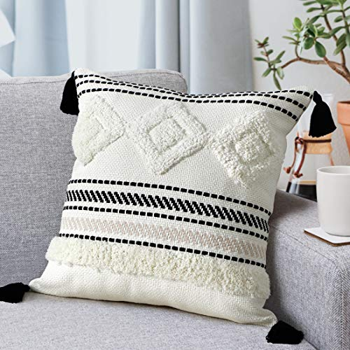 LOMOHOO Black and White Tufted Throw Pillow Cases,18x18inch Woven Tufted Boho Cushion Cover with Tassels,Modern Home Decor Pillow Cover for Couch Sofa Bedroom Living Room, Decorative Pillow 45x45cm